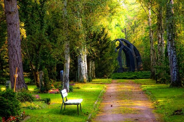 Accepting Death – A Spiritual Solution